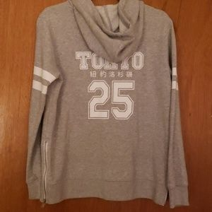 Forever 21 Gray Tokyo Graphic Hoodie Size Small